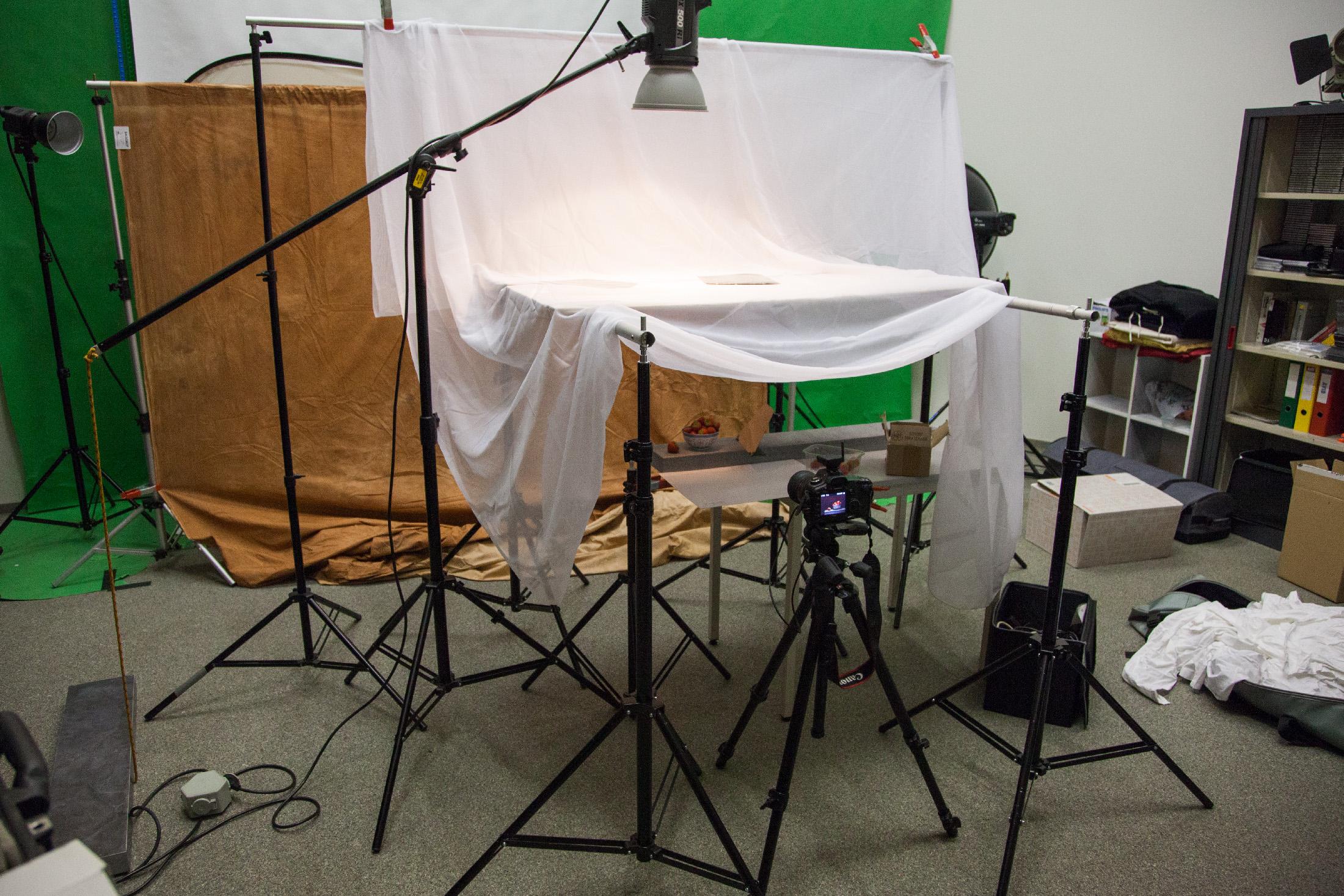 Foto van een kijkje in de studio.